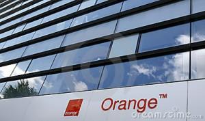 Orange signe un partenariat avec Facebook dans le paiement en ligne