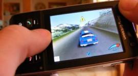 Les jeux sur mobiles au détriment des jeux sociaux sur Facebook